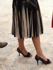 Black&White skirt closer