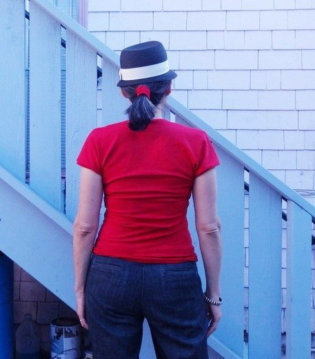 Tee using part of Sewing Cake Hummingbird top pattern - photo by Chuleenan Svetvilas csews.com