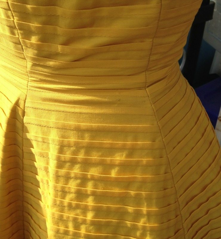 Vintage dress - pin tucks - csews.com