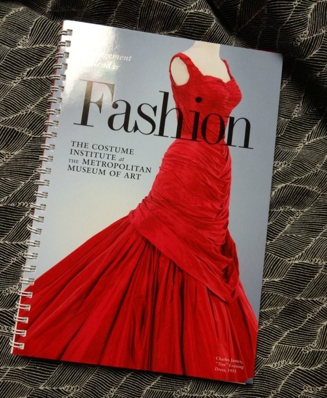 2015 Fashion calendar giveaway - csews.com
