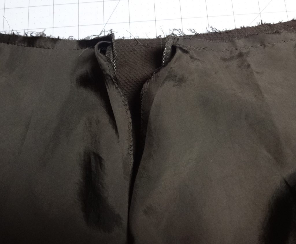 Skirt lining detail - csews.com