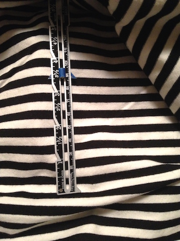 Black and white striped knit fabric - csews.com