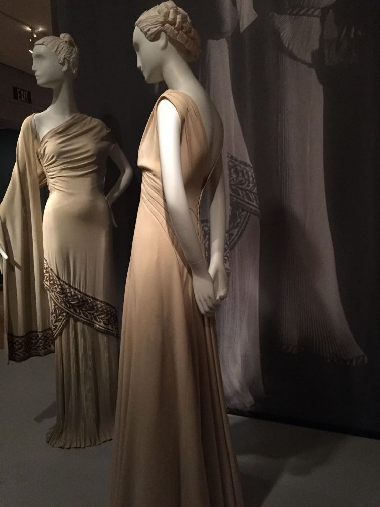Evening gown - Brooklyn Museum costume collection - csews.com