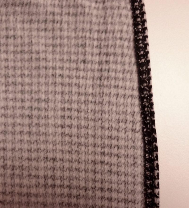 Vogue 9191 wrap pants - finished edge, houndstooth jersey, V9191
