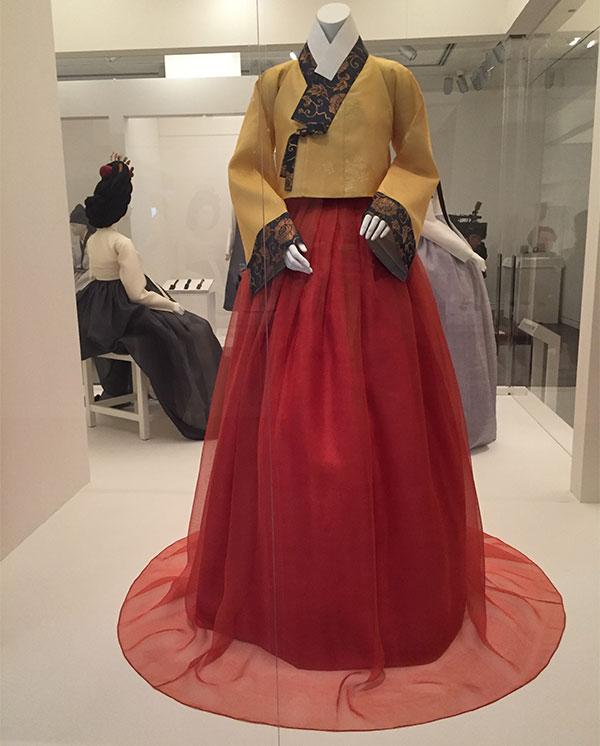 Womens ensemble - 1500s reconstruction - Couture Korea fashion exbhibit- Asian Art Museum